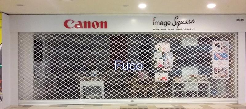cửa cuốn mắt lưới sơn tĩnh điện fuco