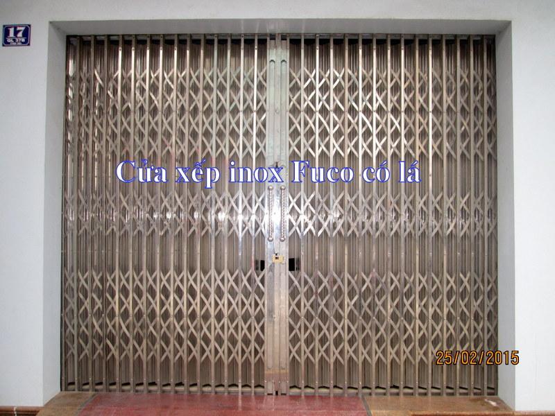 cửa xếp inox hộp 201, không lá chắn Fuco, cửa xếp inox chống trộm
