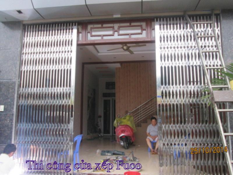 thi công cửa xếp inox tại Hà Nội